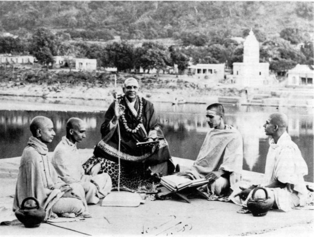 Swamis Sivananda and Venkatesananda